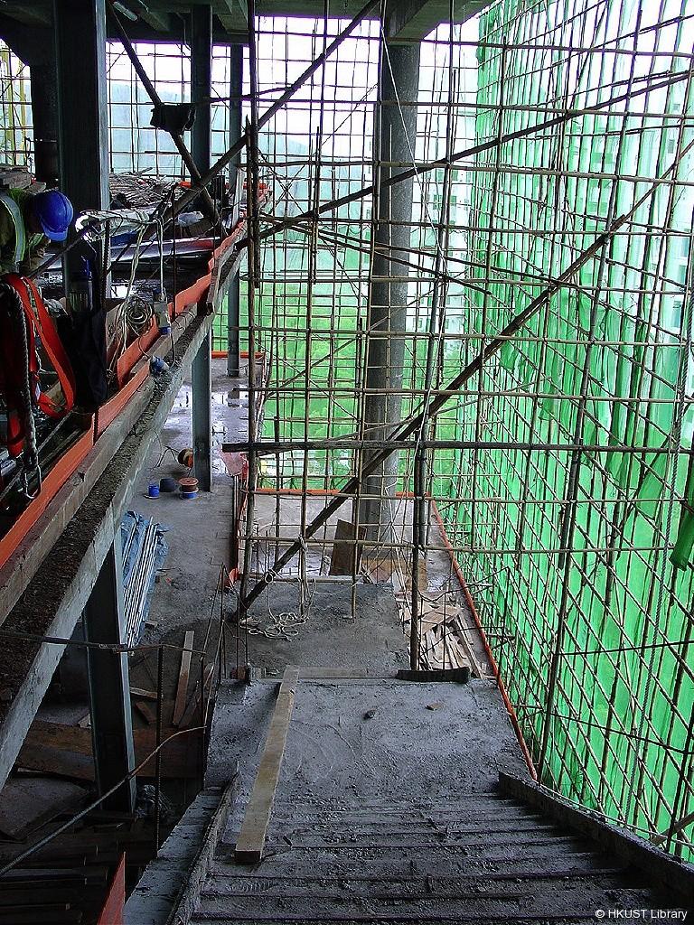 lg1 - stairwell